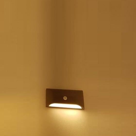Φωτιστικό τοίχου εξωτερικού χώρου LED 22x11cm με αισθητήρα κίνησης