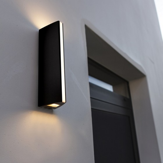 Ανθρακί στεγανή απλίκα LED Ø9x30cm με τρεις φωτεινές πηγές