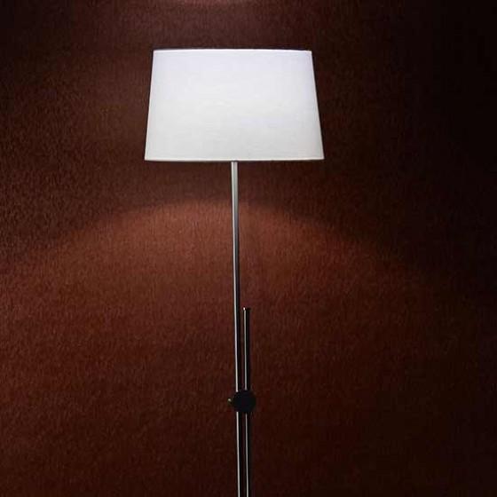 Φωτιστικό δαπέδου ρυθμιζόμενου ύψους έως 161cm