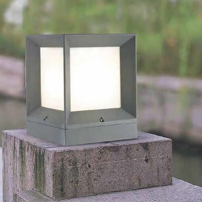 Στεγανό φωτιστικό δαπέδου ή μάντρας OPAL PC 22x22x27cm