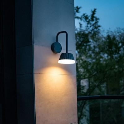 Στεγανή απλίκα LED με καπέλο Ø15cm